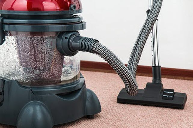 Why it is Better to Let Professionals to Clean Your Carpets?